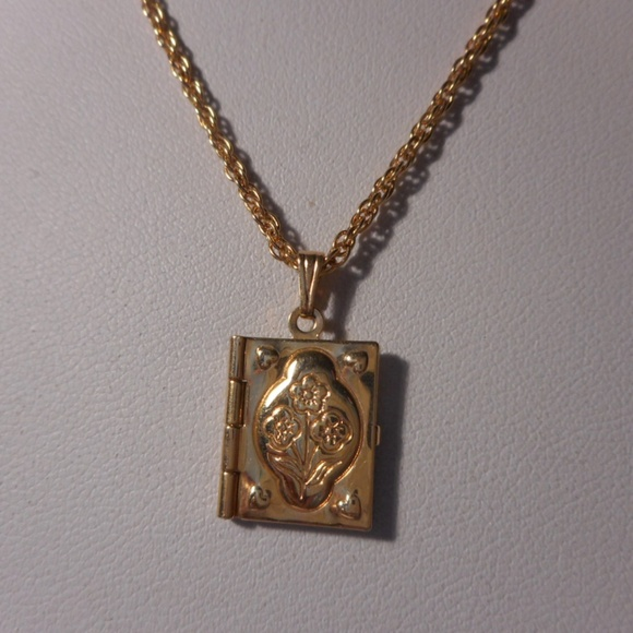 Avon jewelry vintage gold tone book locket necklace poshmark m5b1b021412cd4acd09362a4f aloadofball Images